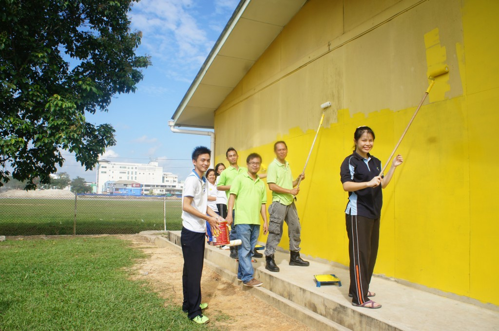 Volunteers from Trienekens worked towards beautifying the school, with the company also funding materials needed for the event.